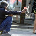 【ニュース】【スウェーデン】南部の都市:「物乞い」が職業に認定されライセンスの取得が義務付けられる [08/08]