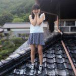 【稲垣香織】稲垣香織「これは3年前の写真です!!家の瓦です!笑」