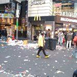 【日常・雑談系】【悲報】 ハロウィン後の韓国・ソウルがゴミだらけでひどすぎると話題に