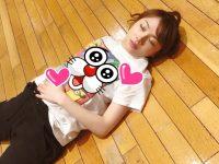 【石田亜佑美】石田だーいし、ストレッチの途中で疲れ果てて眠ってしまう