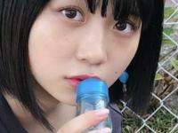 【小畑優奈】【セクシー】ゆななが路上でアレをしゃぶる【画像】